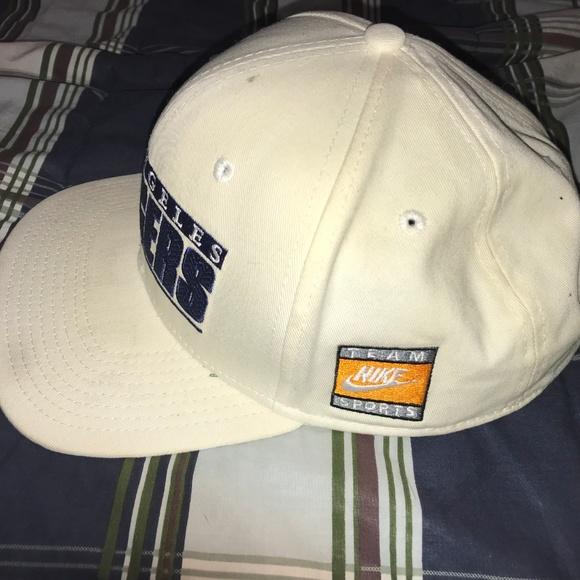 43d4051dd6cf6 Nike Los Angeles Dodgers MLB Snapback Hat. M 5c7e04b59fe4864ed25be241